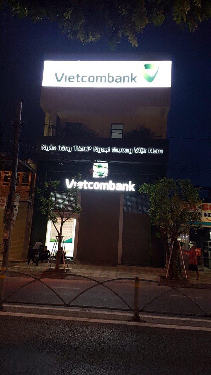 Thi công bảng hiệu với các quy định khắc khe của ngân hàng VIETCOMBANK