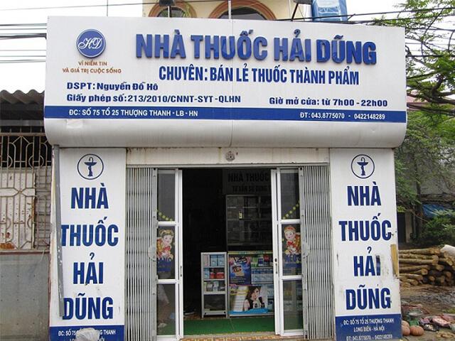 bảng quảng cáo tiệm thuốc tây
